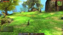 Скриншот с зеленым полем и персонажем игры Сфера 3